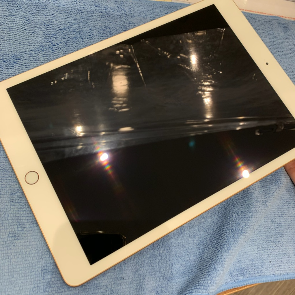 【iPhone修理・iPhone強化】iPad第7世代も国内最強クラスに強度が増します!!当店最も人気なガラスコーティング!尼崎☆彡