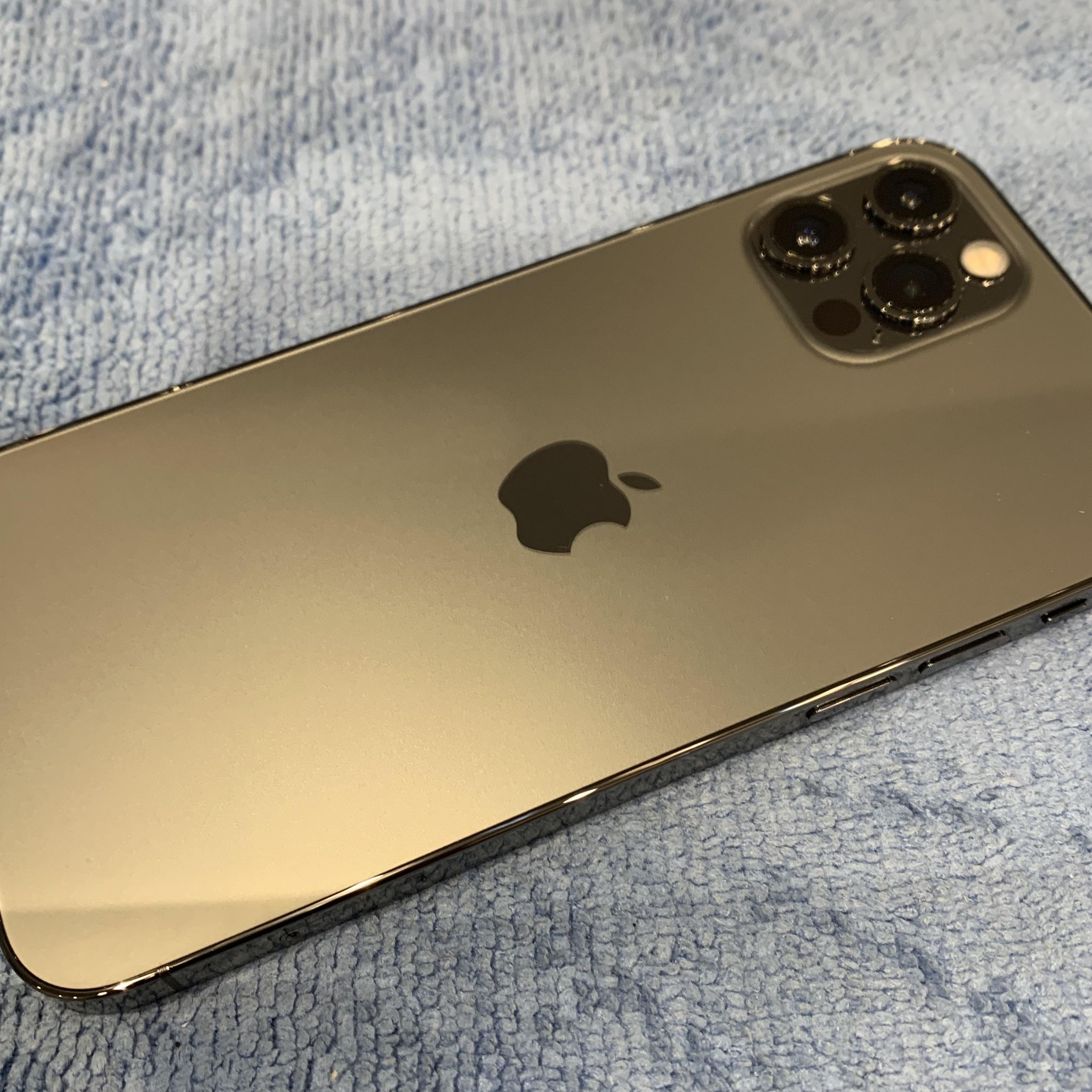 【iPhone12miniガラスコーティング 】川西−清潔感&強度が一度の施工で手に入る!ヒ
