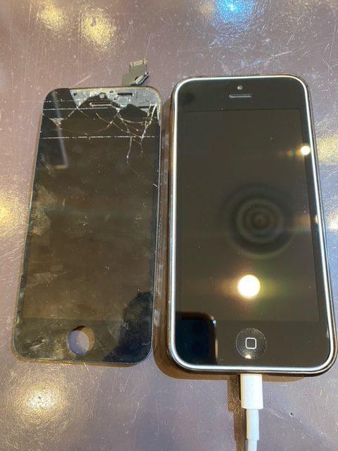 iPhone5の修理だってできます!!