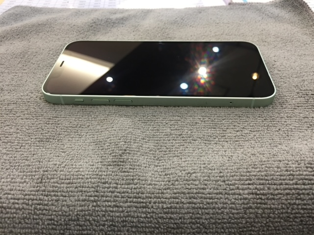 ガラスコーティング iPhone12mini 伊丹市より t