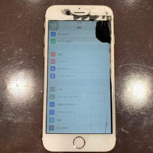 液晶が故障しているiPhone
