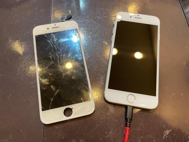 iPhone6s 画面交換 川西市からお越しのお客様 タ